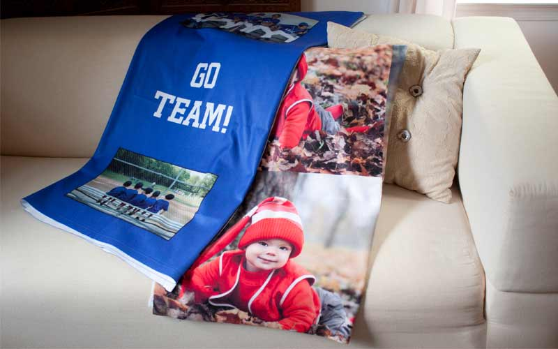 Choose from several sizes and templates to create a stunning fleece photo blanket.