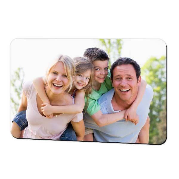 Glossy 4x6 photo magnet for save the date and family photos on your fridge