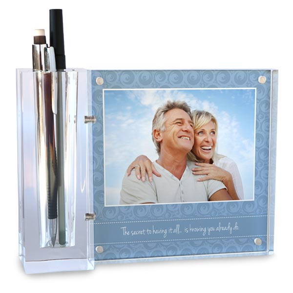 Using your own photos, you can create a beautiful acrylic pencil holder for your office desk
