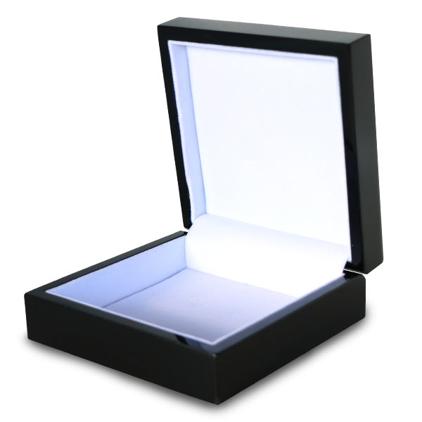 Quality gift box with white felt lining for your special items