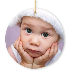 Elegantly display any photo on your Christmas tree with our round porcelain photo ornaments.