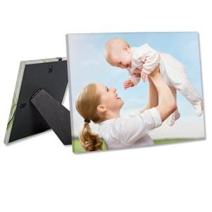 MailPix offers cheap canvas prints.