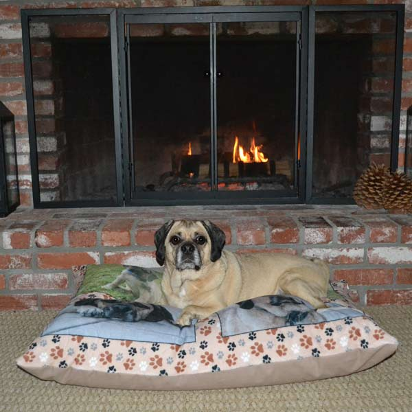 Add a favorite photo and create the ultimate gift for you pet with our personalized pet pillow.