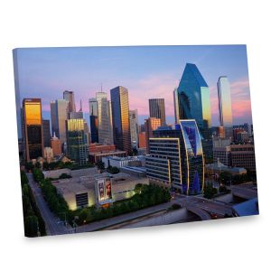Spice up your home decor with color and elegance with our Dallas skyline canvas.