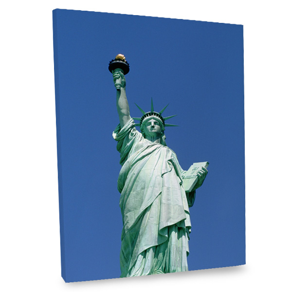 Dress up your interior with an iconic photo of the Statue of Liberty printed on canvas.