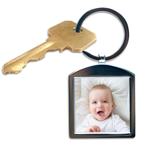 Add your own photo and create a beautiful double sided key chain