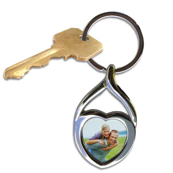 Keep your keys together with a swirl photo key chain with your favorite picture added